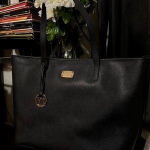 Large Micheal Kors Tote Bag - LIKE NEW